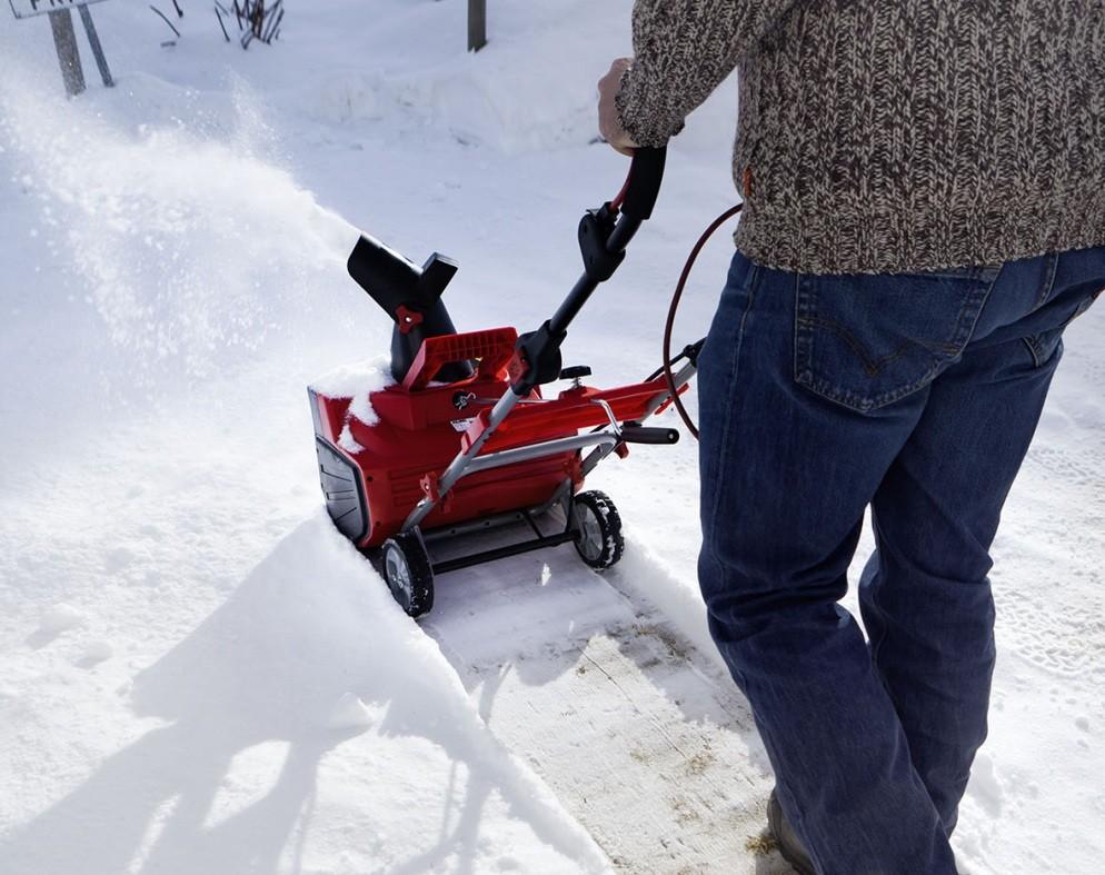 снігоприбиральна машина ціна